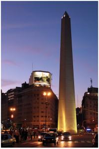 Obelisco_de_Buenos_Aires_at_night